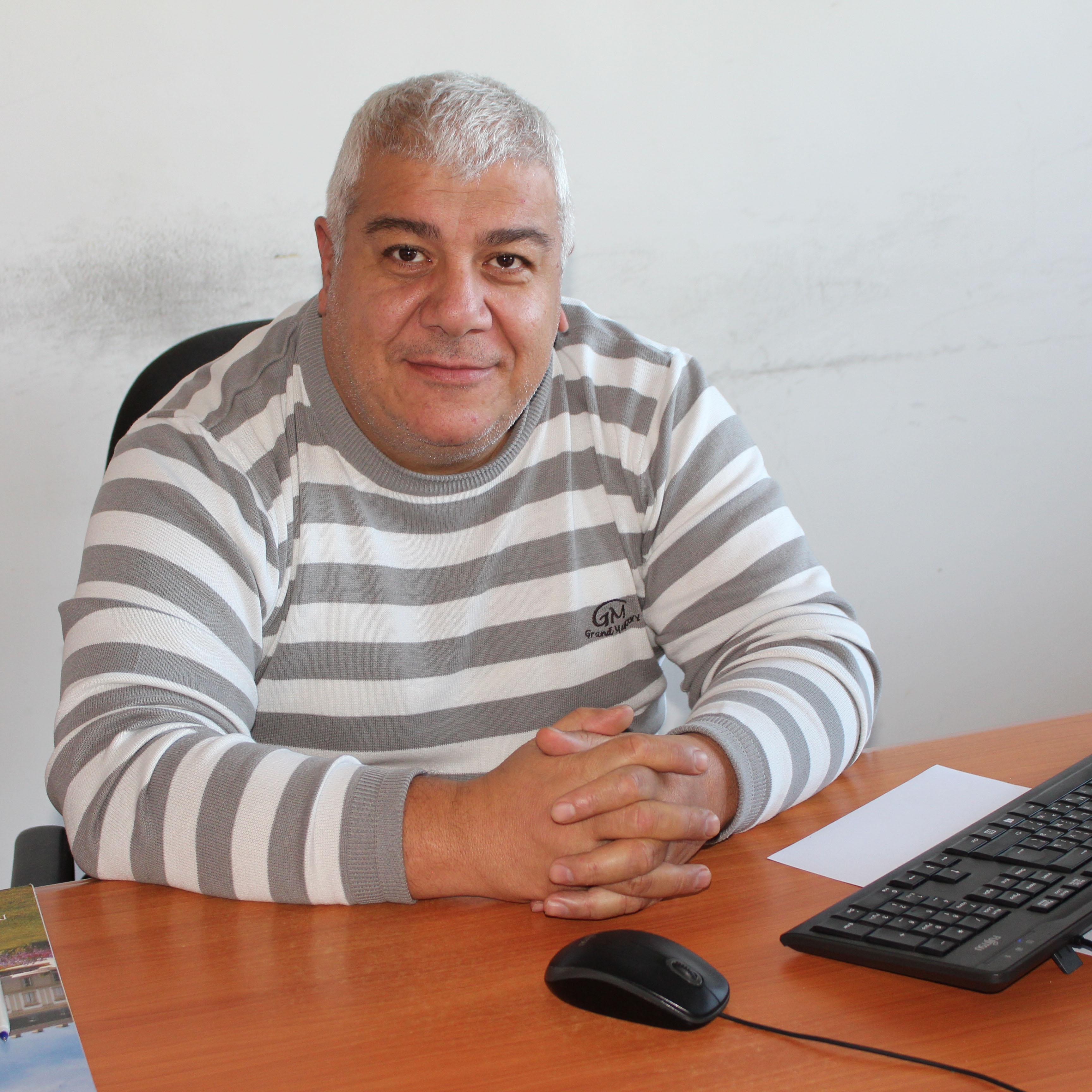 Մայիս Թովմասյան